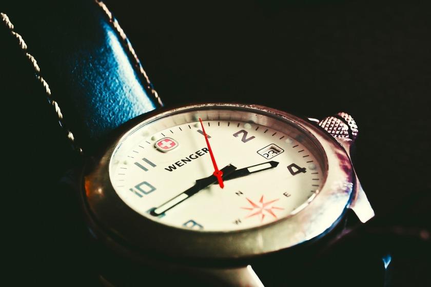 clock-1422183_960_720